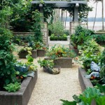 Know the Benefits of Raised Bed Gardening